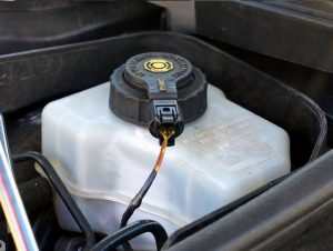 Brake fluid tank